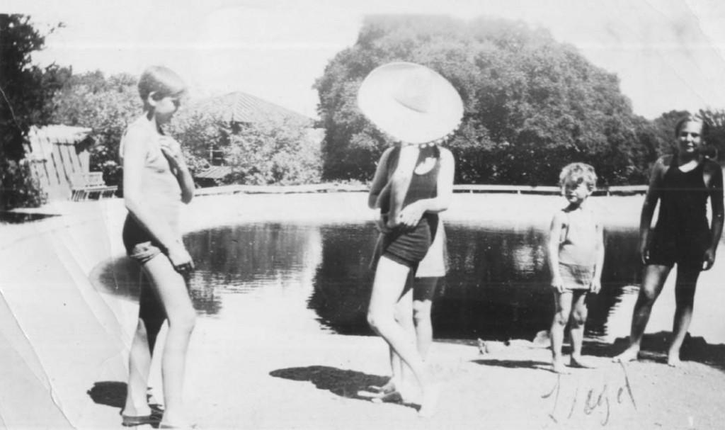 Legs Joyce Kirby nudes (61 photos) Sideboobs, Instagram, see through